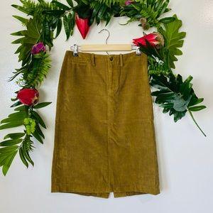 Ralph Lauren corduroy skirt ✨ size 6